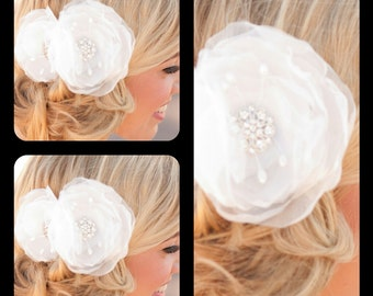 Wedding flower hairclip bridesmaids gift set of 3  bridesmaids flower bridesmaids hairclip bridal hair clip set of 4 or 5