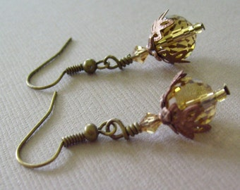 Golden Faceted Leafy Earrings