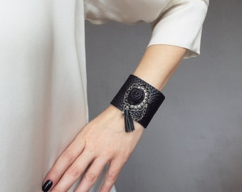 Black leather cuff. Cameo leather bracelet. Steampunk leather cuff.