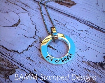 Solid sterling silver circle pendant necklace