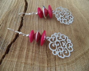 Earrings Silver earrings with vegetable ivory dome pink fuschia and print
