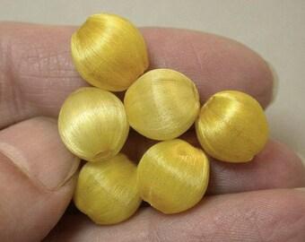 VINTAGE SILK BEADS Lemon Yellow Fiber Lucite 10mm pkg6 slk18