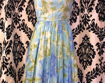 Delightful 50's Blue Daisy Sleeveless Sundress X-small
