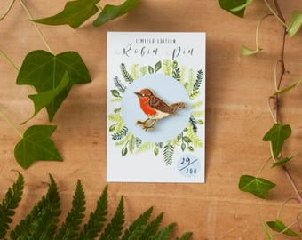 Robin Bird Enamel Pin | Pin Badge | Hard Enamel Pin | Gold Enamel Pin | Lapel Pin | Bird Pin | Wildlife Pin | British Nature | Christmas Pin