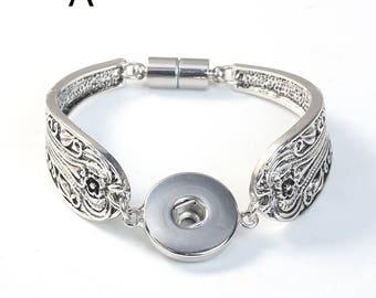 M* - Silver Center Snap Bracelets  (3004)