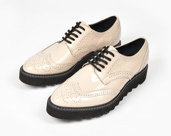 Pink Oxford Shoes, Pink Flats, Womens Lace Shoes, Platform Oxfords, Womens Platforms, Platform Lace Shoes, Rain Shoes, Classic Shoes