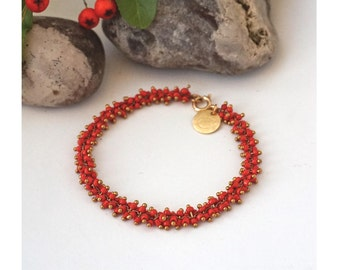 Bracelet, à Mini Perles de Rocaille Rouge Corail, finitions dorés