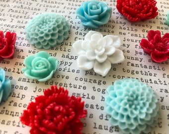 Flower Magnets, 12 pc Pretty Magnets, Retro Color Scheme, Aqua, White, and Red, Small Gift, Locker Magnets, Wedding Favors