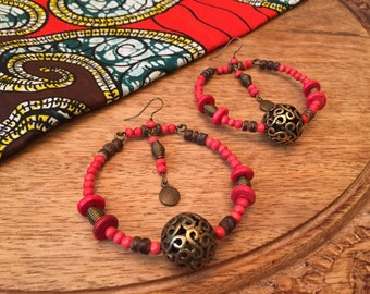 Red ethnic earrings with wooden beads