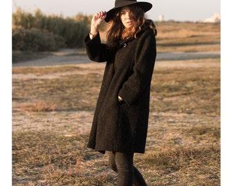 Black coat wool former fantastic piece!