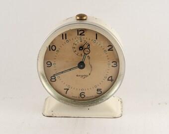 Vintage alarm clock - Mechanical alarm clock - Retro alarm clock - Collectible clock - Table clock - Shabby chic clock - Metal alarm clock