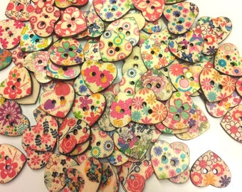 Set of 10 wooden buttons heart - various patterns T27
