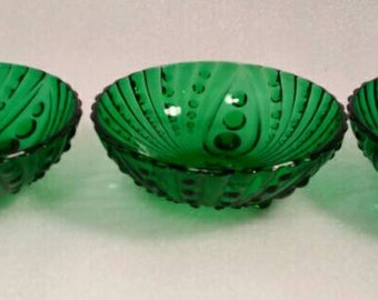 Set of 3 Vintage Footed Burble Glass Emerald Green Bowls