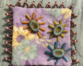 Fresh as spring pin brooch