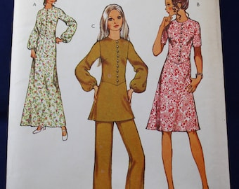 1970's Sewing Pattern for a Woman'sCoat-Dress, Tunic & Trousers Size 14 - Style 2834
