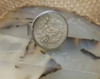 100 Yen coin ring: Cherry Blossoms