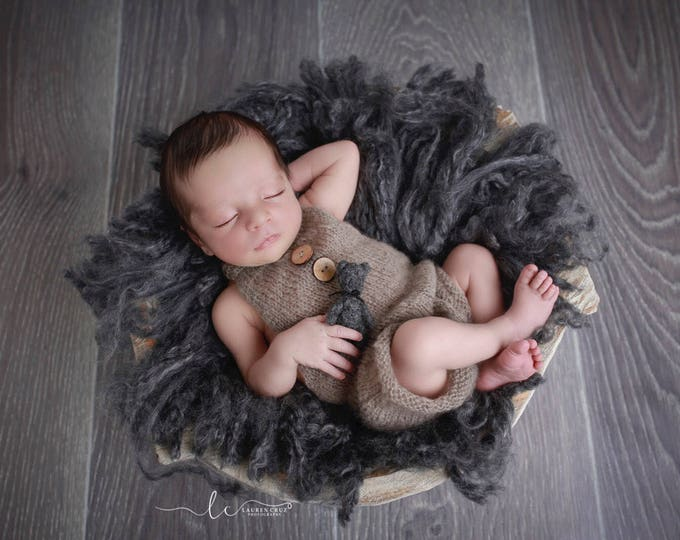Khaki Mohair Overalls Romper, boys romper, bebe, foto, fotografia, boy photoshoot, bebe nino foto, knitted romper by Lil Miss Sweet Pea