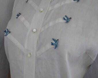 Vintage 1950s White Linen Blouse with Blue Bird Applique