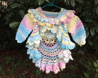 Lovely Circle Sweater size 4