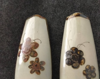 Salt &Pepper Shakers PreOwned in Excellent Condition