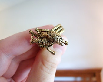 Vintage gold fish ring- size 6 to 7