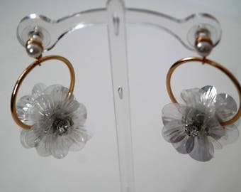 Crystal Pearl Shimmer Hooped Circle Flower earrings