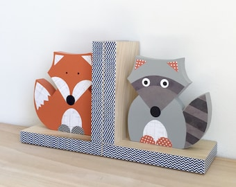 Forest Animal Bookends, Fox and Raccoon Bookends, Woodland Nursery, Children's Bookends, Forest Themed Nursery, Woodland Animal