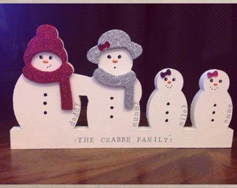 4 person Classic personalised snowman family