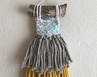 Maisy//Handmade Fringy Boho weaving Wallhanging//OOAK//Ready To Ship