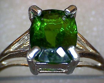 Beautiful Chrome Diopside Ring