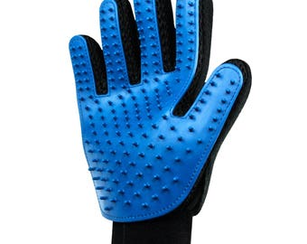 Fur care glove for the care and removal of loose animal hair for dogs and cats