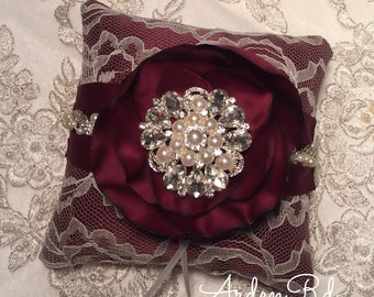 """Customizable ring pillow. Color of your choice 6""""x6"""""""