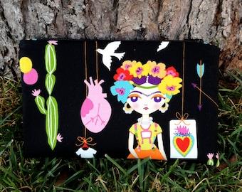 Frida Kahlo Cosmetic Bag, Frida Kahlo zippered pouch, Frida Kahlo make up bag, Frida Kahlo travel bag, toiletry bag, Frida Kahlo zipper bag