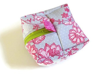 Box Pouch / Cosmetic Bag / Makeup Bag / Travel Bag / Travel Pouch / Gift Bag / Last Minute Gift / Gift / Bridesmaid Gift / Hostess Gift