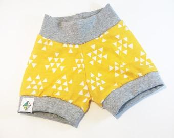 Golden Triangles Shorties