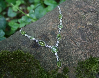 Beautiful Sterling Silver Necklace With Peridot Droplets