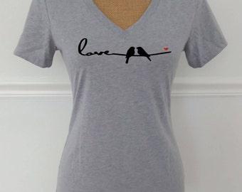 Valentine's Day Shirt for Women,Love Birds V-Neck Tee,Valentine's Day Shirts,Love Shirt,Bird T-Shirt,Love Birds Shirt,Heart
