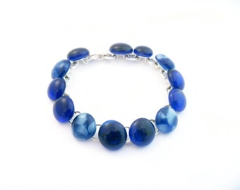 Recycled wine bottle bracelet in blue and frosted glass/Handmade upcycled bracelet from kiln-fused blue and frosted glass