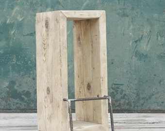 Restoration of recycled wood stool