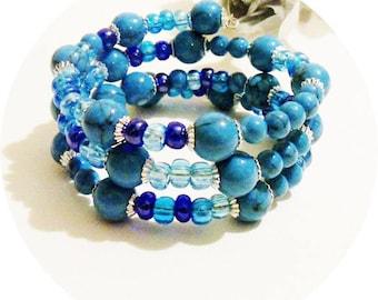 Blue Memory Wire Bracelet, Turquoise Bracelet, Blue Wrap Bracelet, Shades of Blue Bracelet, Memory Wire, Blue Cuff Bracelet