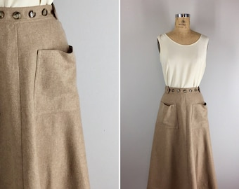 Vintage 1970s Wrap Skirt / 70s Wrap Skirt with Pockets / Carry On Skirt