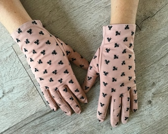Vintage patterned gloves
