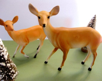 Vintage Pair of Hard Plastic Deer, Doe and Fawn