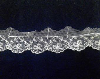 Ivory vintage look lace trim