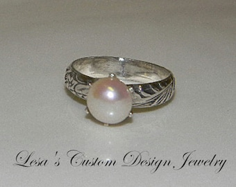 White Pearl Art Deco Sterling Silver Ring