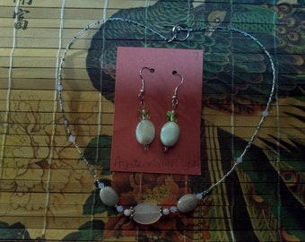 Agate, Necklace & Earring set with swarovski crystal