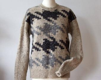 Vintage sweater Liz Claiborne, houndstooth sweater, hand knitted sweater, beige grey black wool sweater, woodland sweater,  warm sweater