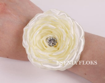 Ivory Corsage, Fabric Corsage, Peony Corsage, Wedding Corsage, Mother of the Bride, Bridesmaids Bracelet, Wrist Corsage, Maid of Honor