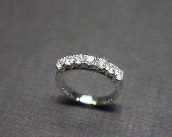 Wedding Ring / Engagement Ring / Wedding band / Wedding Diamond Ring / Diamond Band / Diamond Jewelry / Diamond Engagement in 18K White Gold