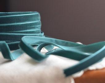 dark teal evergreen small velvet ribbon
